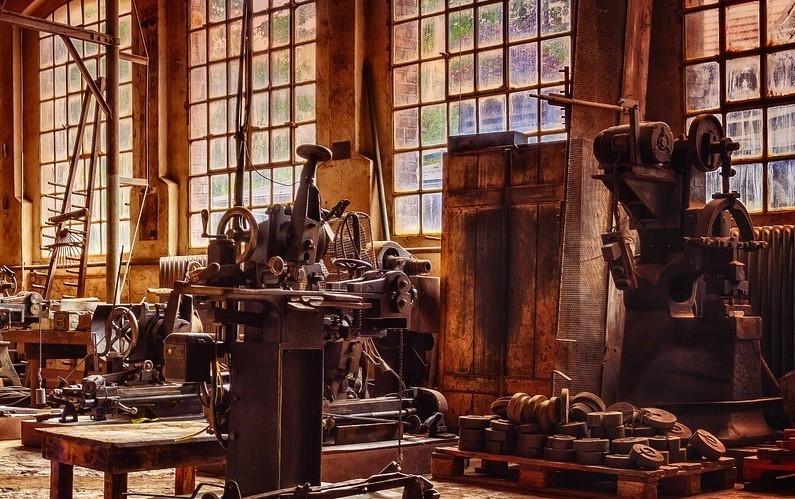 Gamle maskiner kan sammenlignes med mennesker - begge kan repareres og komme til at fungere igen